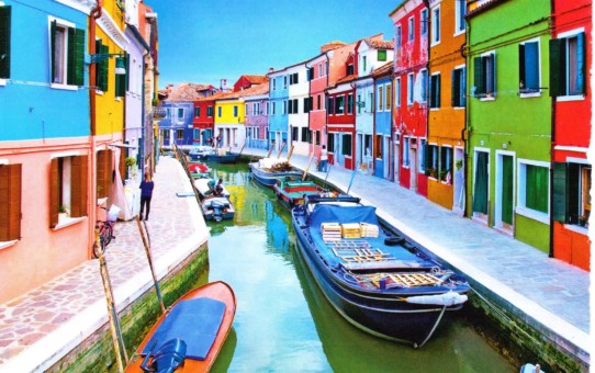7 most colorful cities in the world